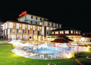 Хотел Езерец