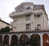 House Zhelevi