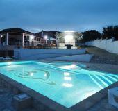 Family hotel Topola