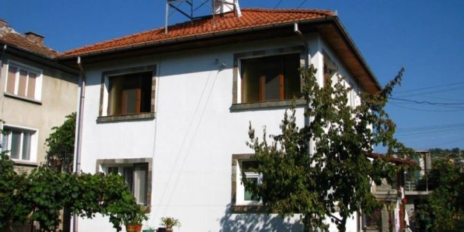 Къща Алдира