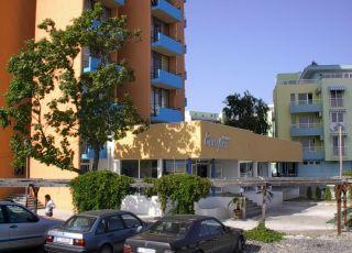 Хотел Естреа