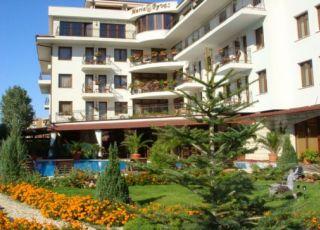 Хотел Вила Мария Ревас