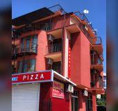 House Eleonora Beach