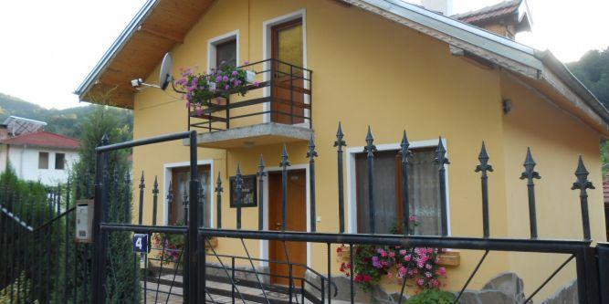 Къща Грация