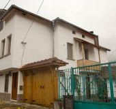 House Teya