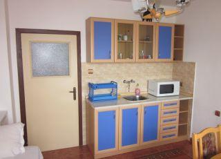 Апартамент Хриси - Частен дом