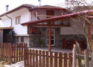 Къща за гости Дандара