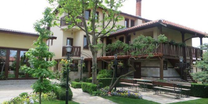 Семеен хотел Дияна