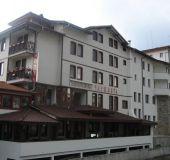 Family hotel Charshiyata