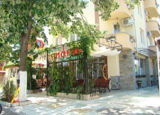 Семеен хотел Лилия 2
