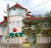 Family hotel Zamaka Vebo