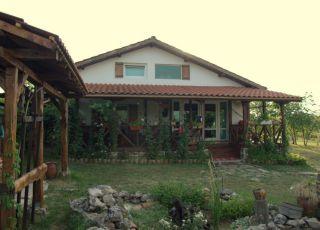 Къща Галини