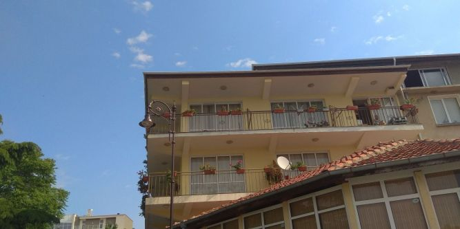 Къща за гости Менчеви