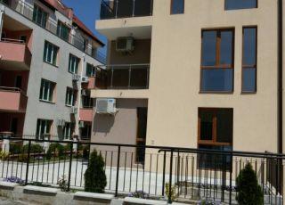 Апартамент и студия под наем