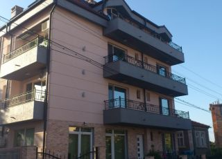 Семеен хотел Богданови