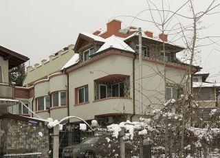 Къща за гости Момчил