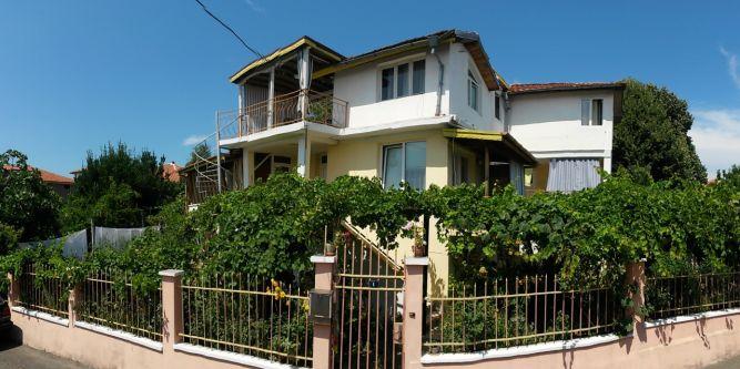 Къща Aмброзия