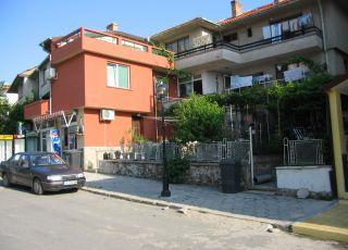 Къща Дом Гарови