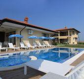 Hotel Complex Armira