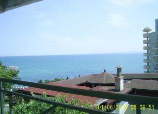 Апартамент Поглед към морето