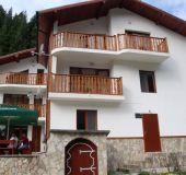 Family hotel Shгarenia most