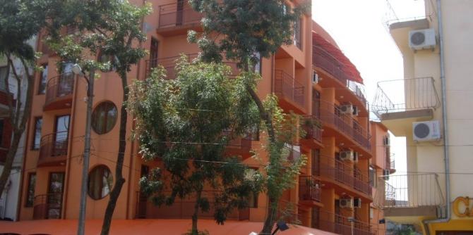 Семеен хотел Калина