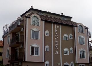 Семеен хотел Драцена