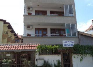Къща за гости при Кръстьо