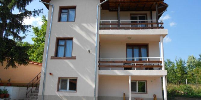 Къща за гости Козирог