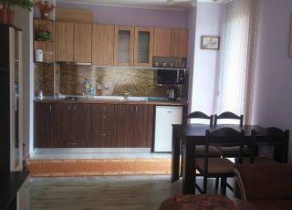 Апартамент Желязкови