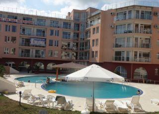 Апартамент в комплекс Перла бийч