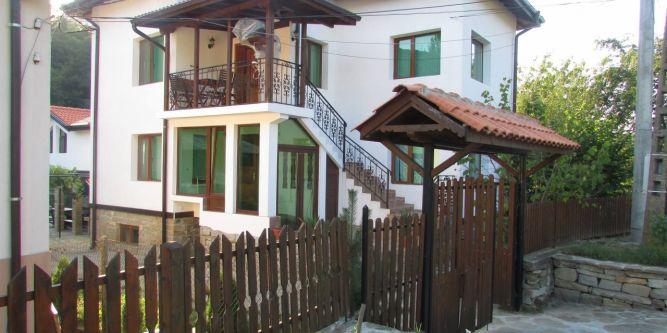 Къща за гости Чери