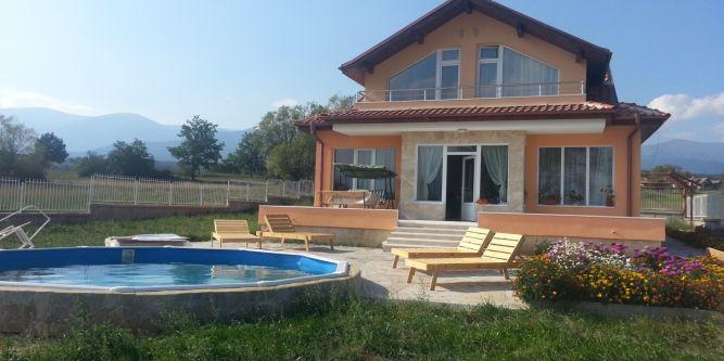 Къща за гости Маноли Тур