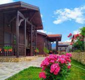 House Andreevi Guest Houses