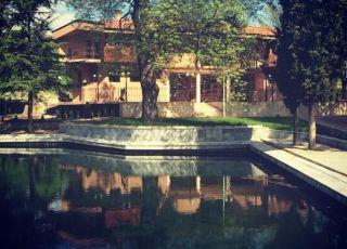 Семеен хотел Езерото