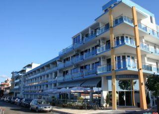 Апартамент в комплекс Ескада
