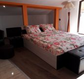 Apartment Levkoni 5