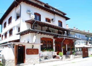Семеен хотел Извора