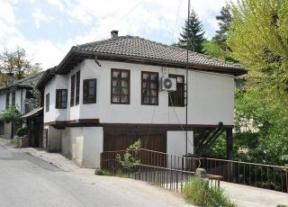 Къща - 1003