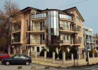 Апартамент -53