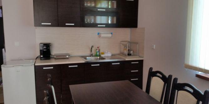 Апартамент Качулски