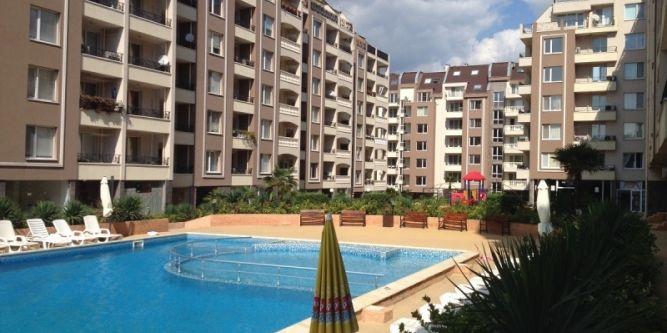 Апартамент в комплекс Перла