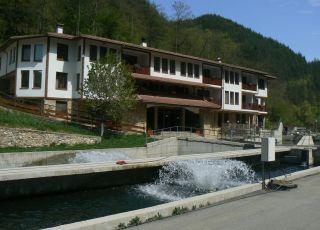 Хотел Комплекс Рибарската Хижа