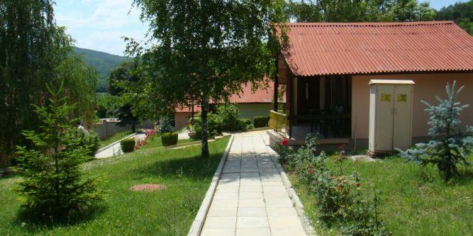 Семеен хотел Асеневци