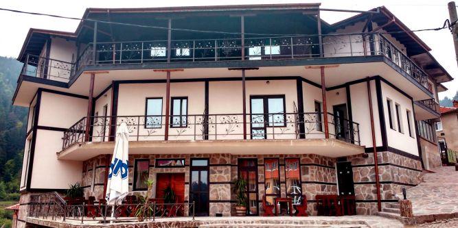Семеен хотел Вълчановата къща