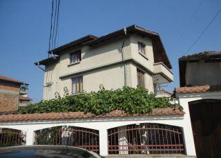 Къща за гости Бакърджиеви
