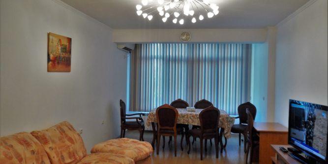 Апартамент Славейков 21