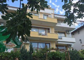 Семеен хотел Вила Диневи