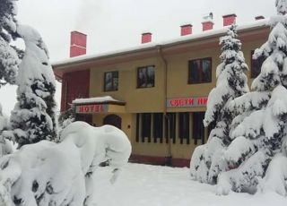 Семеен хотел Свети Никола