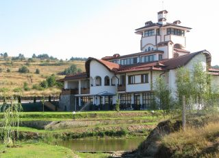 Парк хотел Орлов Камък
